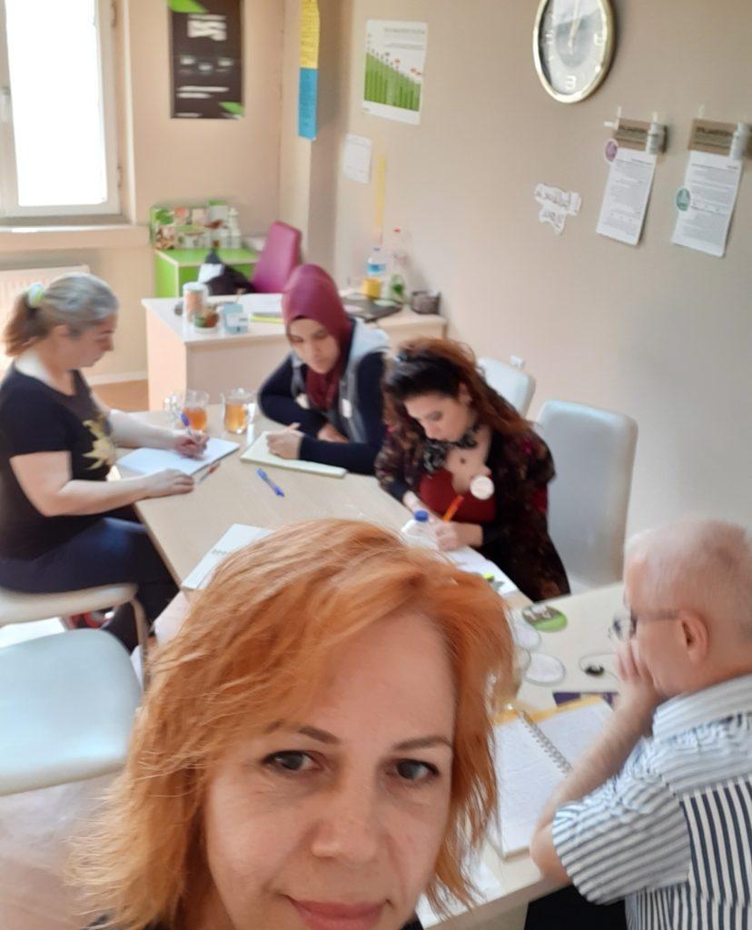 Ofis içi ve online katılımlar ile yaptığımız Herbalife Nutrition ile ilgili bilgiler verdiğimiz Bilgi Birikim Okulundan bir kare