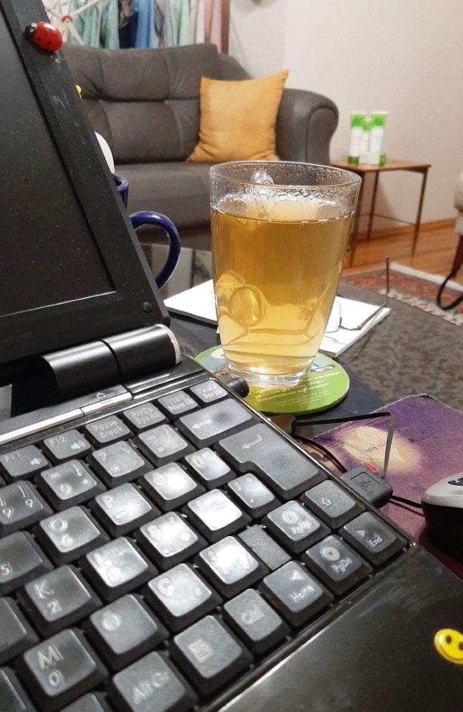 Çalışma kalitem ve enerjim artıyor, sebebi tabi ki, Herbalife Bitkisel Konsantre Çayım.