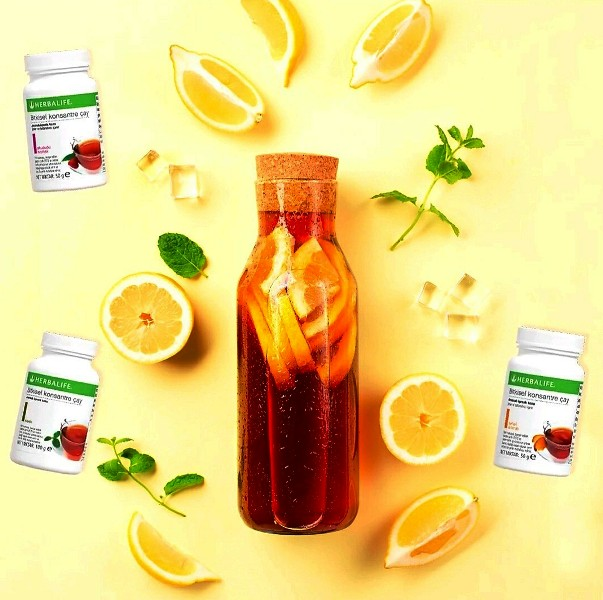 Herbalife Bitkisel Konsantre Çay, limon,nane ve buz birarada.