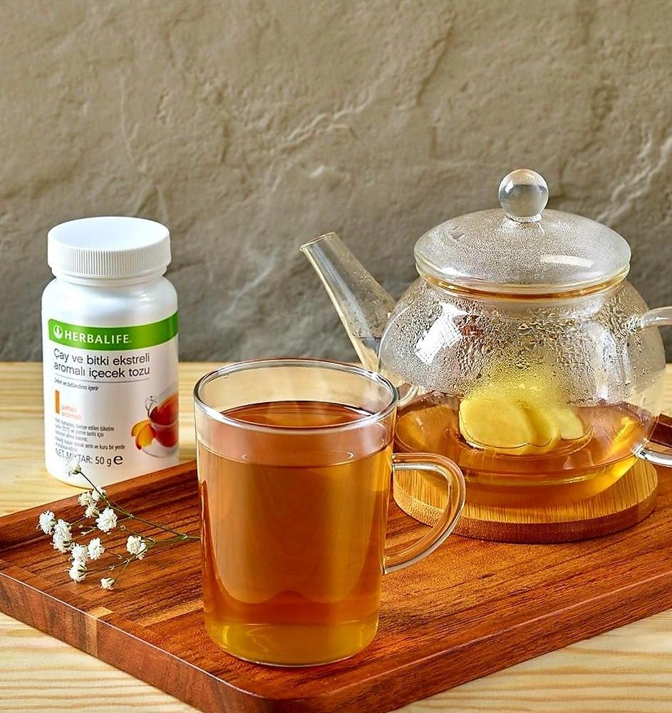 İster soğuk ister sıcak her şekilde tüketebileceğiniz Herbalife Çay ev Bitki Ekstreli İçecek Tozu